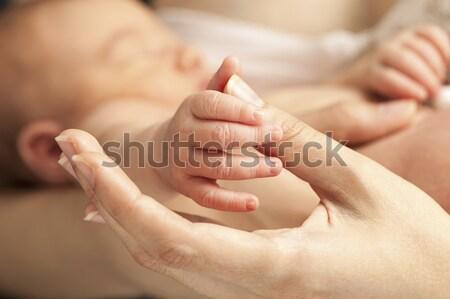 El anneler başparmak görmek Stok fotoğraf © photobac