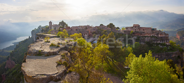 Köy gökyüzü ev bahar duvar güneş Stok fotoğraf © photobac