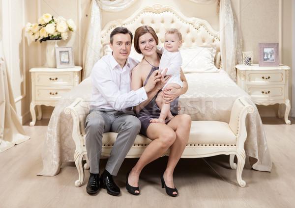 Jonge gelukkig gezin home vrouw man Stockfoto © photobac