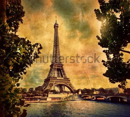 Eiffel-torony híd folyó Párizs Franciaország klasszikus Stock fotó © photocreo