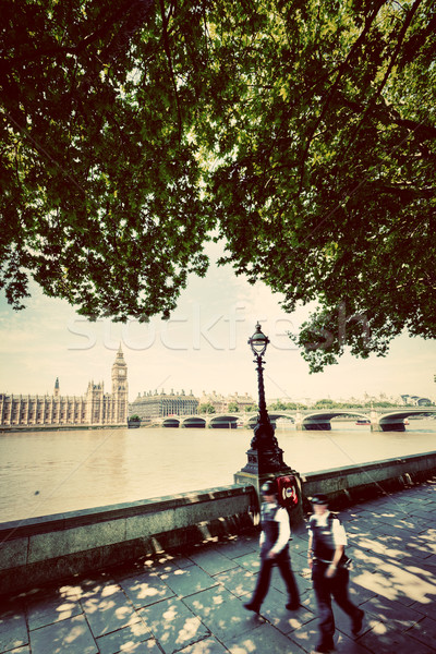 Police opposé Big Ben Londres vintage style rétro Photo stock © photocreo