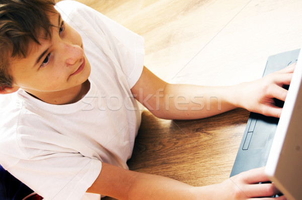 Fiú notebook idő modern technológia internet Stock fotó © photocreo