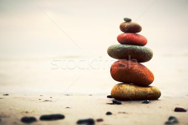 Stock fotó: Kövek · piramis · homok · zen · harmónia · egyensúly