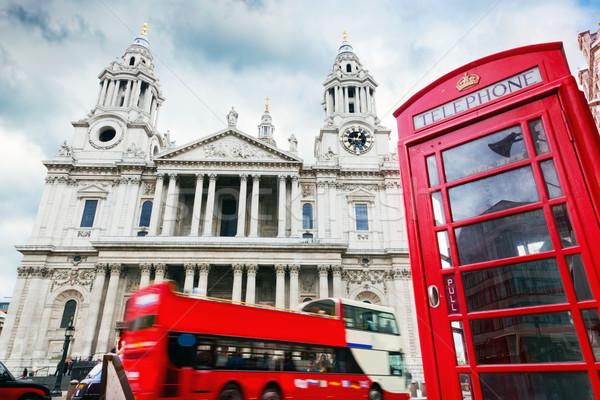 Kathedraal Rood bus telefoon kraam symbolen Stockfoto © photocreo