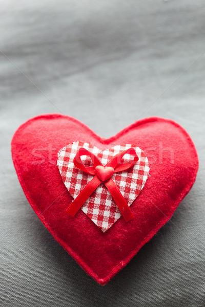 Peluche rouge coeur soft oreiller Photo stock © photocreo