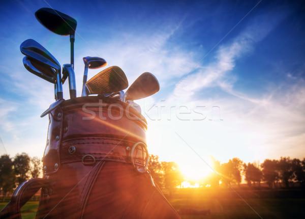 Photo stock: Golf · engins · coucher · du · soleil · professionnels · domaine · ciel
