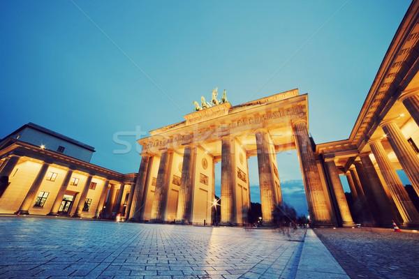 Brandenburgi kapu Berlin Németország világítás éjszaka város Stock fotó © photocreo
