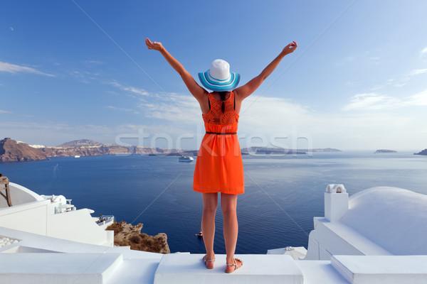 Boldog turista nő Santorini sziget Görögország Stock fotó © photocreo