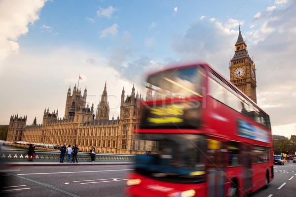ロンドン 赤 バス 運動 ビッグベン 宮殿 ストックフォト © photocreo