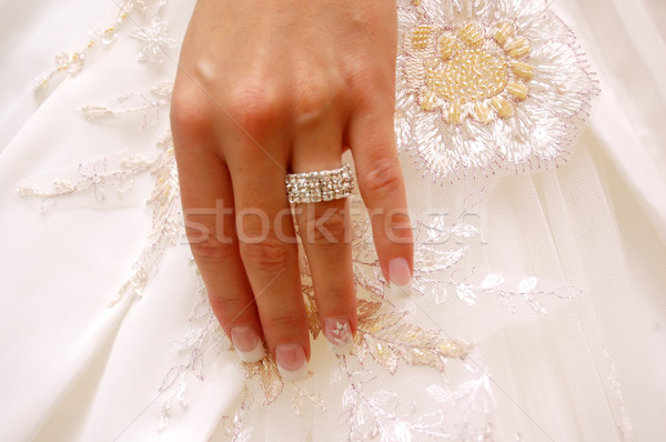 Trouwring bruiloft bruiden hand ring trouwjurk Stockfoto © photocreo