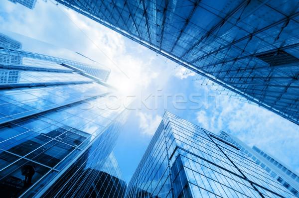 Modern üzlet felhőkarcolók toronyház épületek építészet Stock fotó © photocreo