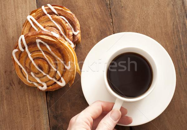 Café frescos hombre taza platillo Foto stock © photohome