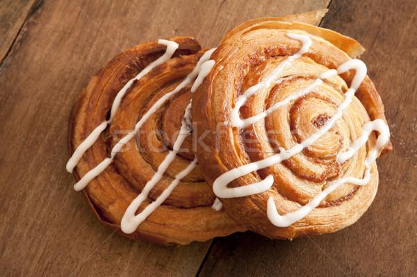 Frissen sült sütemények spirál sütemény alma Stock fotó © photohome
