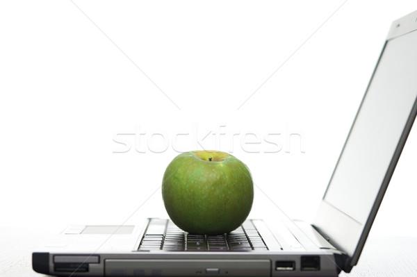 Ordenador educación abierto portátil frescos manzana roja Foto stock © photohome