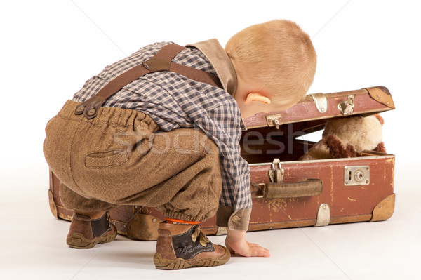 Mały chłopca walizkę starych brązowy Zdjęcia stock © Photoline