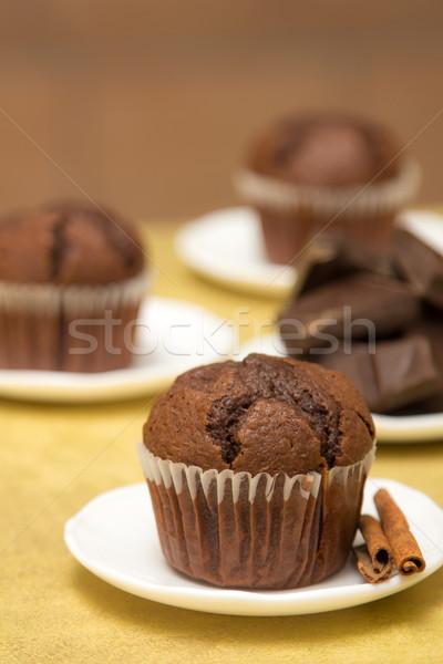 Rusztikus csokoládé muffin fahéj kicsi fehér Stock fotó © Photoline