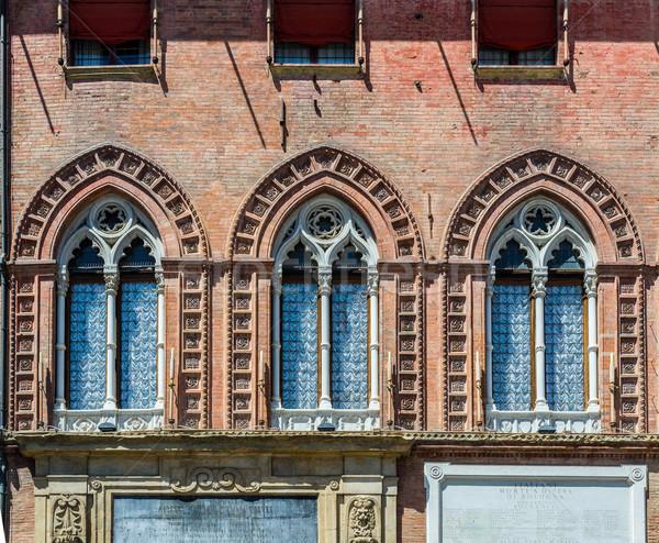 Olaszország homlokzat részlet ház város ablak Stock fotó © Photooiasson