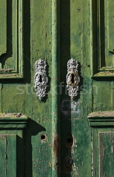 Antik zöld fából készült ajtó klasszikus belváros Stock fotó © Photooiasson