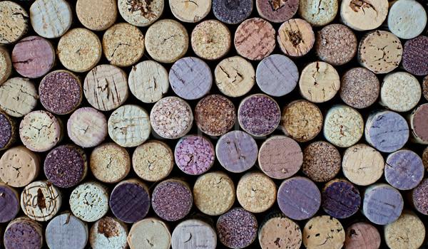 Farklı kullanılmış şarap model arka plan kırmızı Stok fotoğraf © Photooiasson