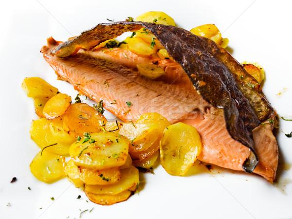 Sült ropogós lazac étel hal tányér Stock fotó © Photooiasson
