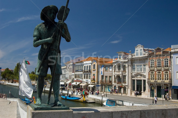 Pescador estatua río Portugal arte barco Foto stock © Photooiasson