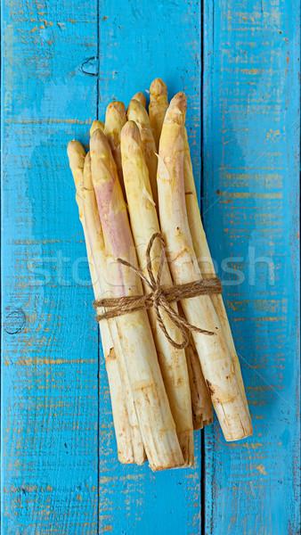 Branco espargos azul mesa de madeira mediterrânico Foto stock © Photooiasson
