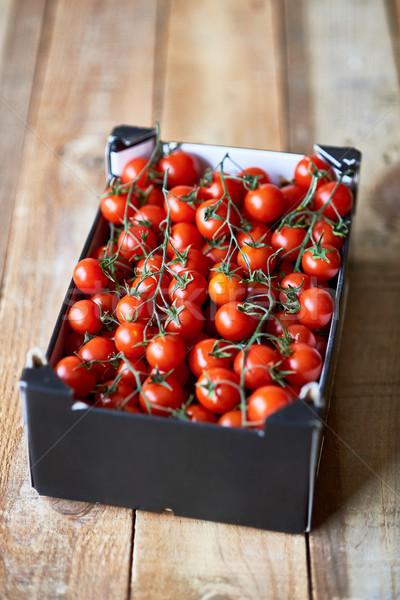 Olgun kiraz domates pazar rustik Stok fotoğraf © Photooiasson