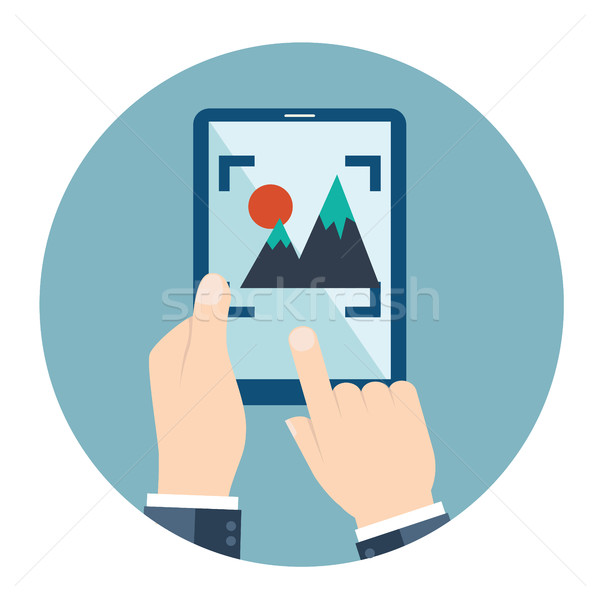 Kezek tart okostelefon tabletta videó fotó Stock fotó © Photoroyalty