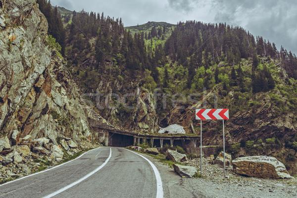 предупреждение знак живописный горные пейзаж Сток-фото © photosebia