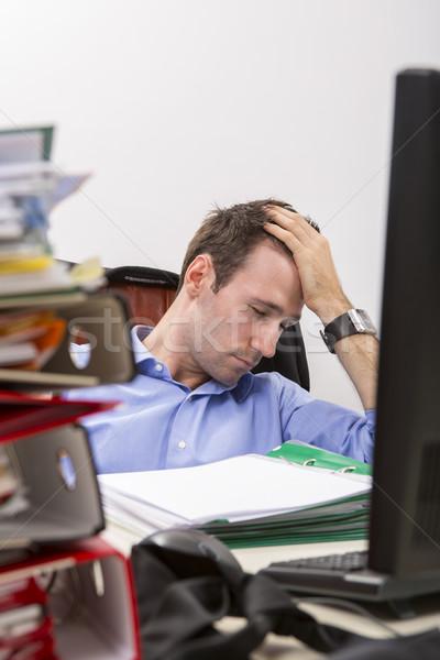 Biuro wyczerpanie pracownika biurko pełny Zdjęcia stock © photosebia