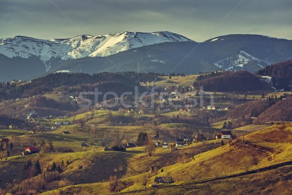 Rumuński rano tradycyjny doliny góry Zdjęcia stock © photosebia