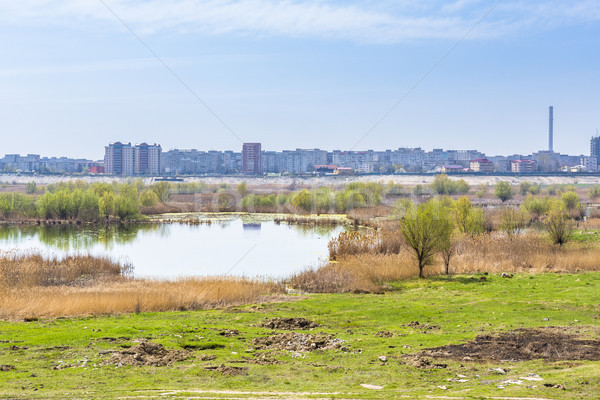 Cityscape görmek ekosistem eski göl Stok fotoğraf © photosebia