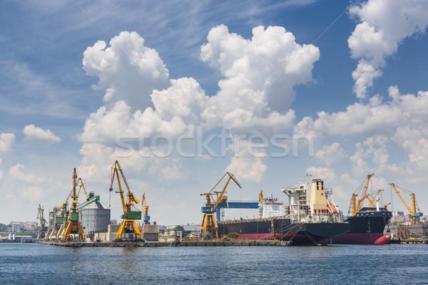 Industrielle scénique vue nuages au-dessus Photo stock © photosebia
