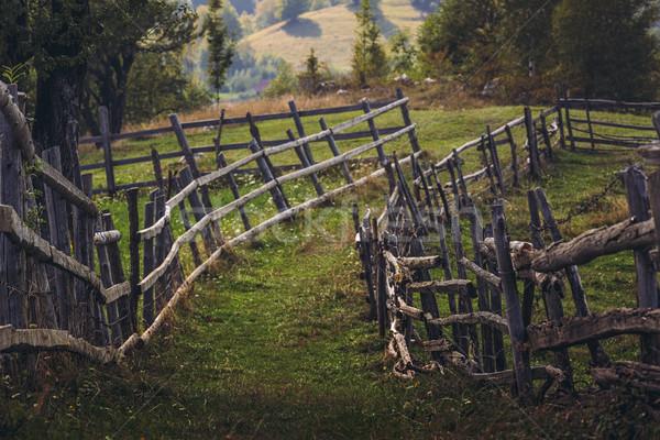 Photo stock: Rural · village · scène · rurale · rustique · bois · clôture
