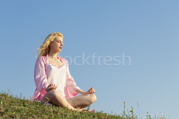 Femme yoga belle jeune femme Photo stock © photosebia