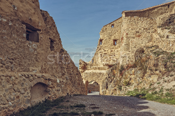 Kale duvarlar ortaçağ ilk bir arkeolojik Stok fotoğraf © photosebia