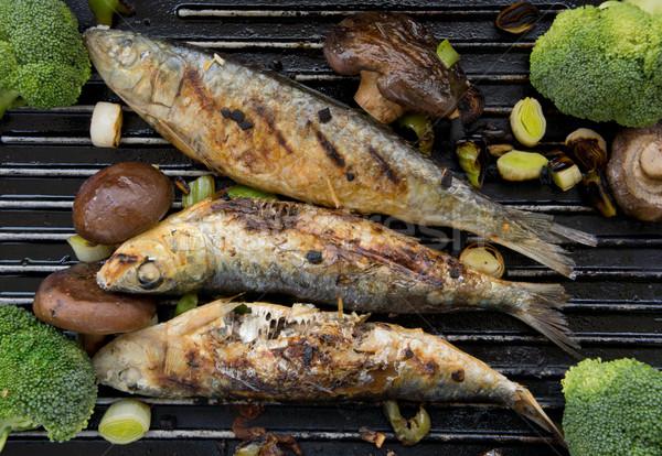 Grelhado brócolis peixe refeição saudável nutrição Foto stock © photosil