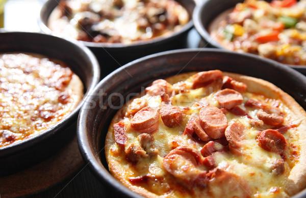 Pizza tava yağ salata domates Stok fotoğraf © photosoup