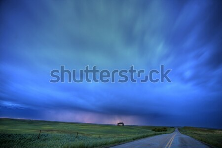 Foto stock: Recién · puesta · de · sol · nubes · de · tormenta · nubes