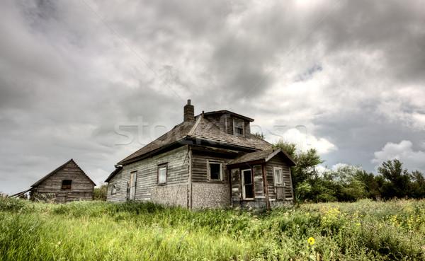 Onweerswolken saskatchewan grind grid weg vijver Stockfoto © pictureguy