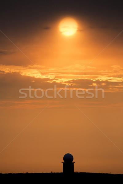 Puesta de sol naranja radar Canadá cielo Foto stock © pictureguy