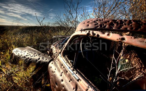 Régi autó elhagyatott lövedék cél gyakorlat Saskatchewan Stock fotó © pictureguy