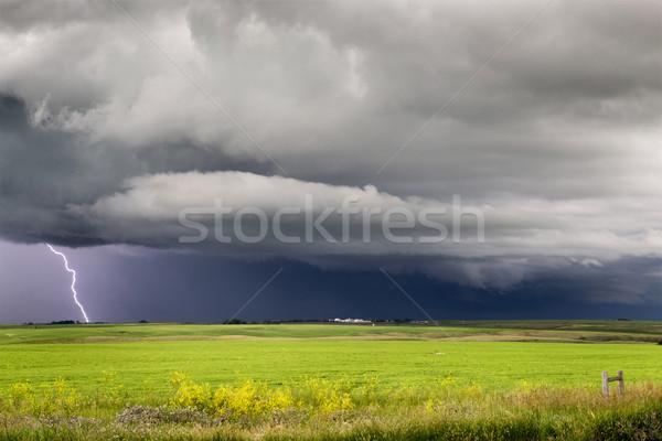 Burzowe chmury saskatchewan pioruna preria scena Kanada Zdjęcia stock © pictureguy