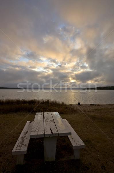 Tavolo da picnic settentrionale lago saskatchewan Foto d'archivio © pictureguy