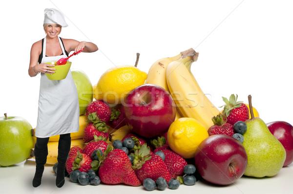 Vrouw chef mooie jonge vrouw saladeschaal Stockfoto © piedmontphoto