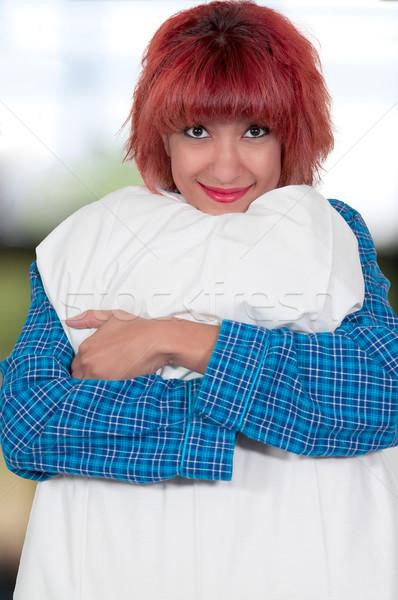 Piękna kobieta poduszkę piękna młodych atrakcyjny kobieta Zdjęcia stock © piedmontphoto