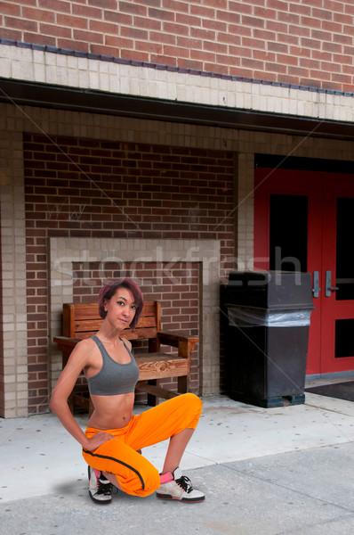Kobieta piękna młodych miejskich Zdjęcia stock © piedmontphoto