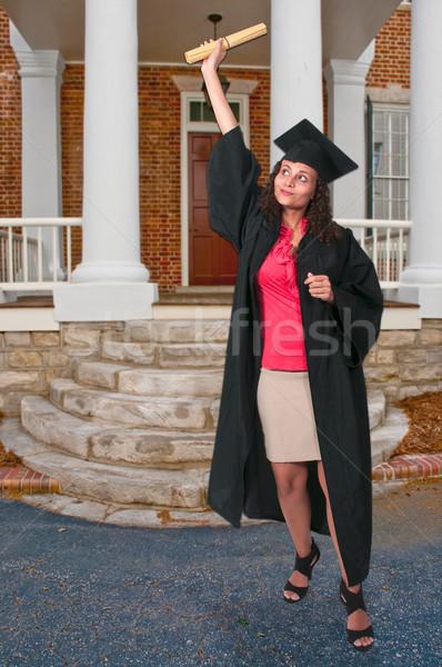 Absolwent piękna młoda kobieta ukończeniu kobieta szkoły Zdjęcia stock © piedmontphoto