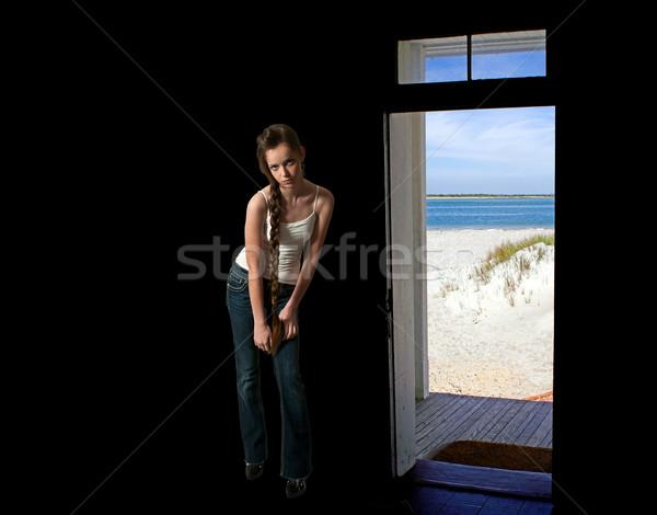 красивой женщину пляж молодые красивая женщина Сток-фото © piedmontphoto