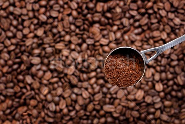 Koffie lepel schep grond focus koffiebonen Stockfoto © Pietus